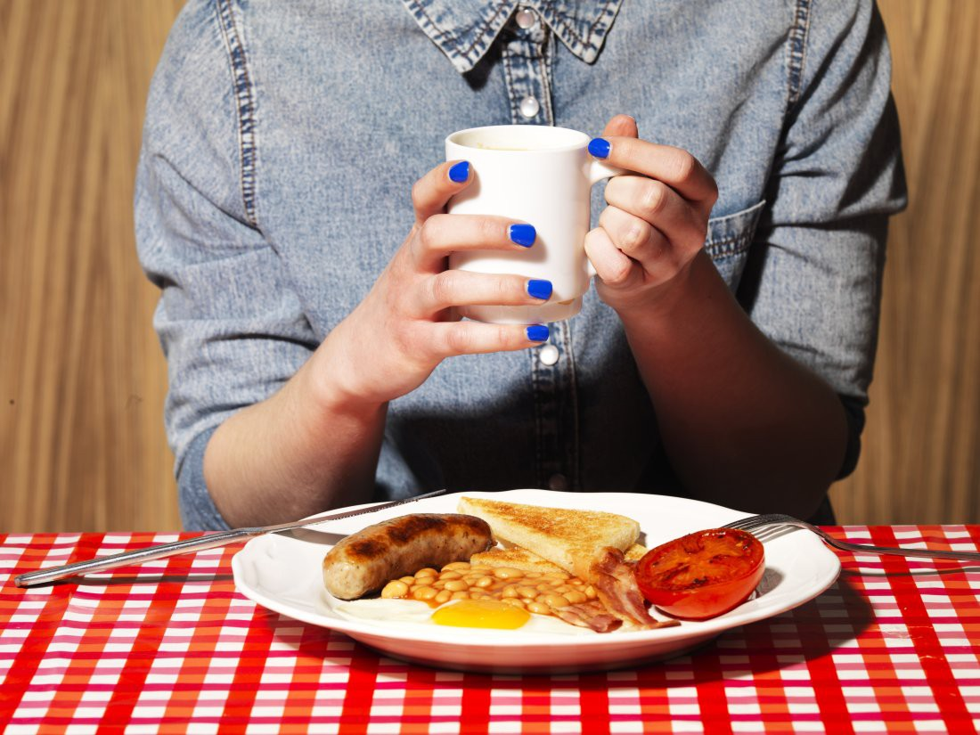 Sĩ tử chú ý: đây chính là những nguyên tắc ăn uống quan trọng để bảo vệ sức khỏe mùa thi - Ảnh 1.