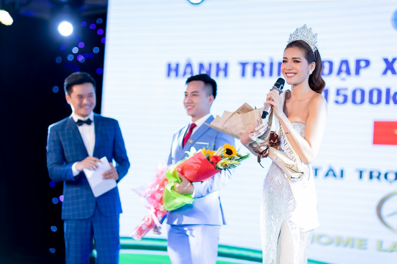 Minh Tú thay đổi phong cách liên tục, gây ấn tượng với bạn bè quốc tế khi tham dự chuỗi sự kiện tại Đà Nẵng - Ảnh 6.