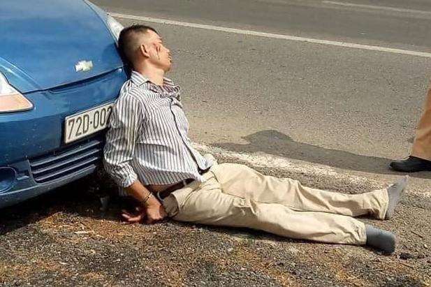 Lái xe bán tải chèn ngã khiến 1 CSGT tử vong trong lúc truy đuổi có thể được miễn trách nhiệm hình sự? - Ảnh 3.