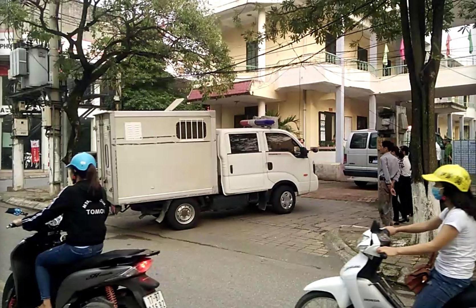 Đang xét xử cựu Thượng tá công an dâm ô nữ sinh 14 tuổi gây rúng động ở Thái Bình - Ảnh 3.