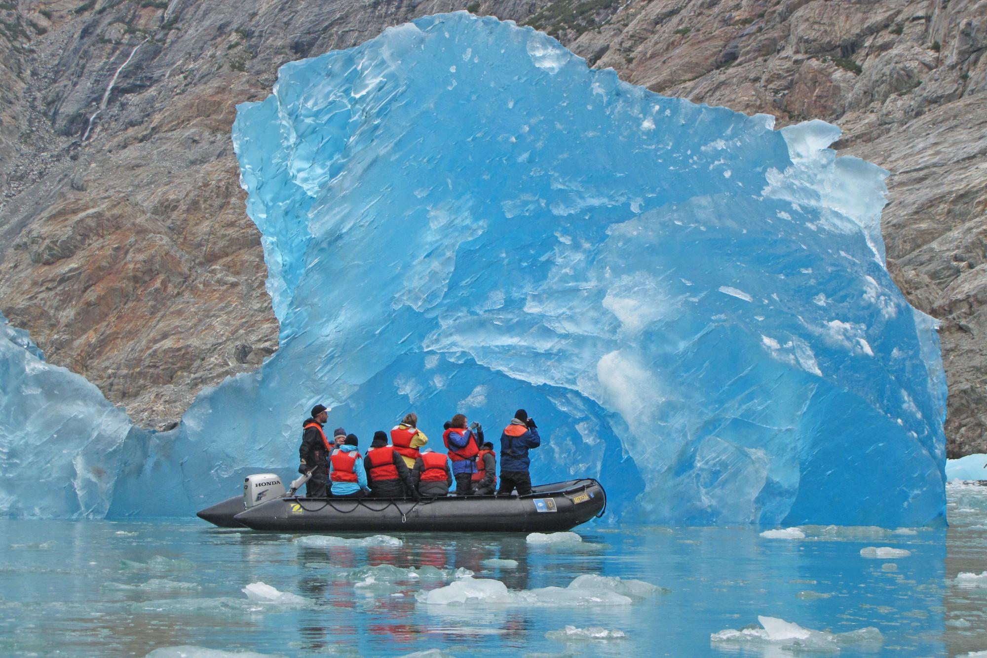 Cực độc tảng băng ngọc lục bảo tuyệt mỹ ở Nam Cực: Phải may mắn lắm mới có thể bắt gặp khoảnh khắc này! - Ảnh 10.