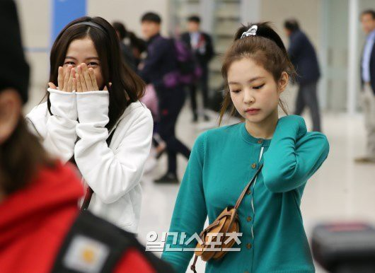 How did Jennie and Krystal change after it had been split with Kai: There are lots of similarities - unexpected - Photo 19.