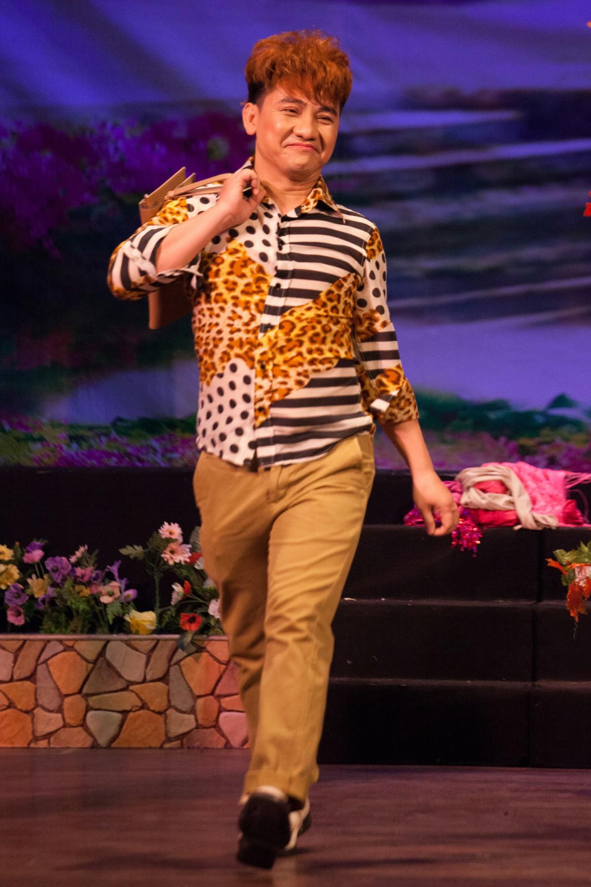 Diễn viên hài Anh Vũ: 19 năm chống chọi với căn bệnh ung thư vẫn miệt mài mang tiếng cười đến cho khán giả tới phút cuối cùng - Ảnh 1.