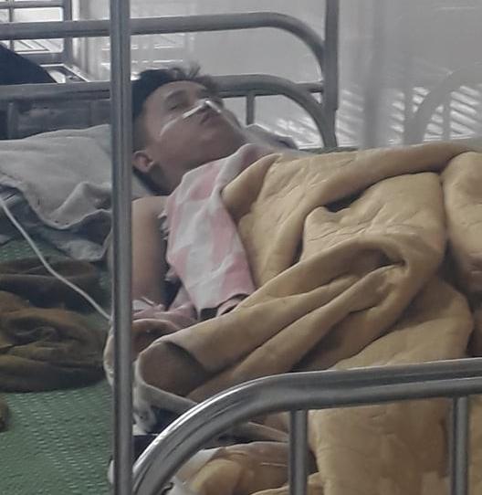 Người chứng kiến cô gái bị đâm nhiều nhát, tử vong ở Ninh Bình: Thanh niên nằm lên người nạn nhân rồi khóc - Ảnh 2.