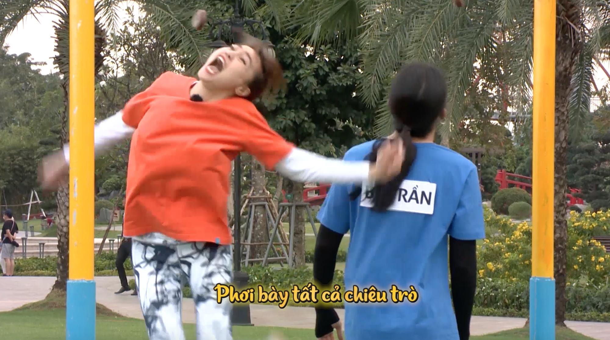 Nóng: Dàn Running Man Việt la hét vì quá sợ hãi, Trấn Thành - Lan Ngọc bị vật lăn ra sàn - Ảnh 5.
