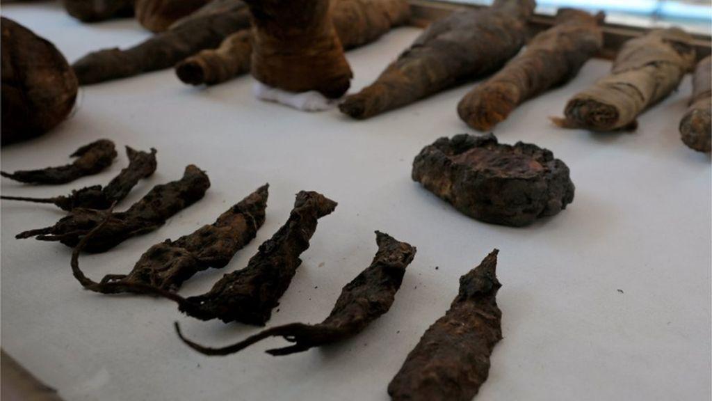 Khai quật 2 lăng mộ Ai Cập kỳ lạ nhất lịch sử: sau 4000 năm mà nước sơn vẫn còn như mới - Ảnh 2.