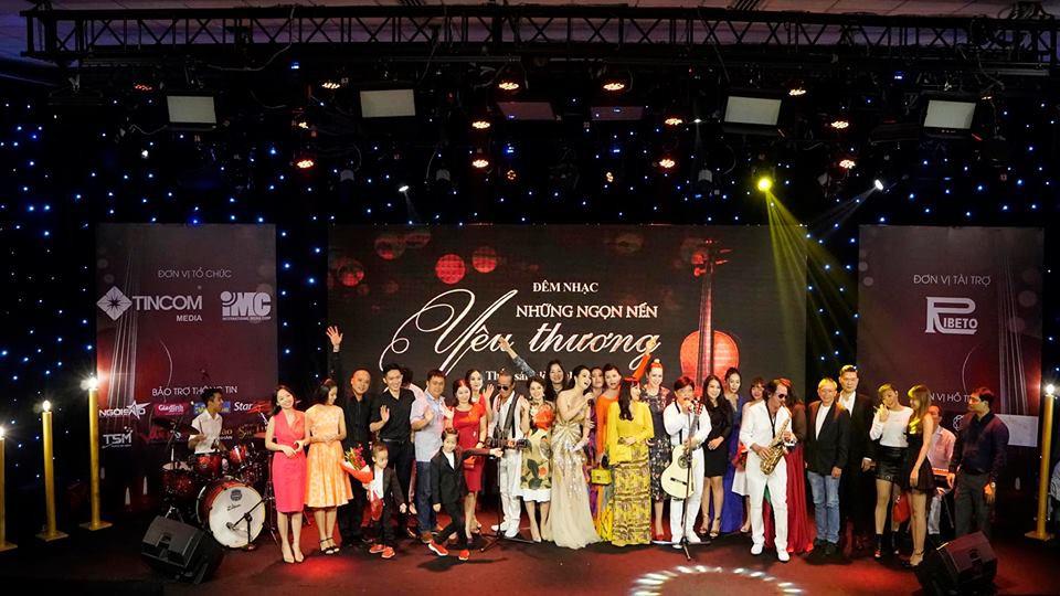 Mai Phương xúc động trong đêm nhạc gây quỹ giúp con gái đạo diễn Đỗ Đức Thành chữa bệnh ung thư máu - Ảnh 5.