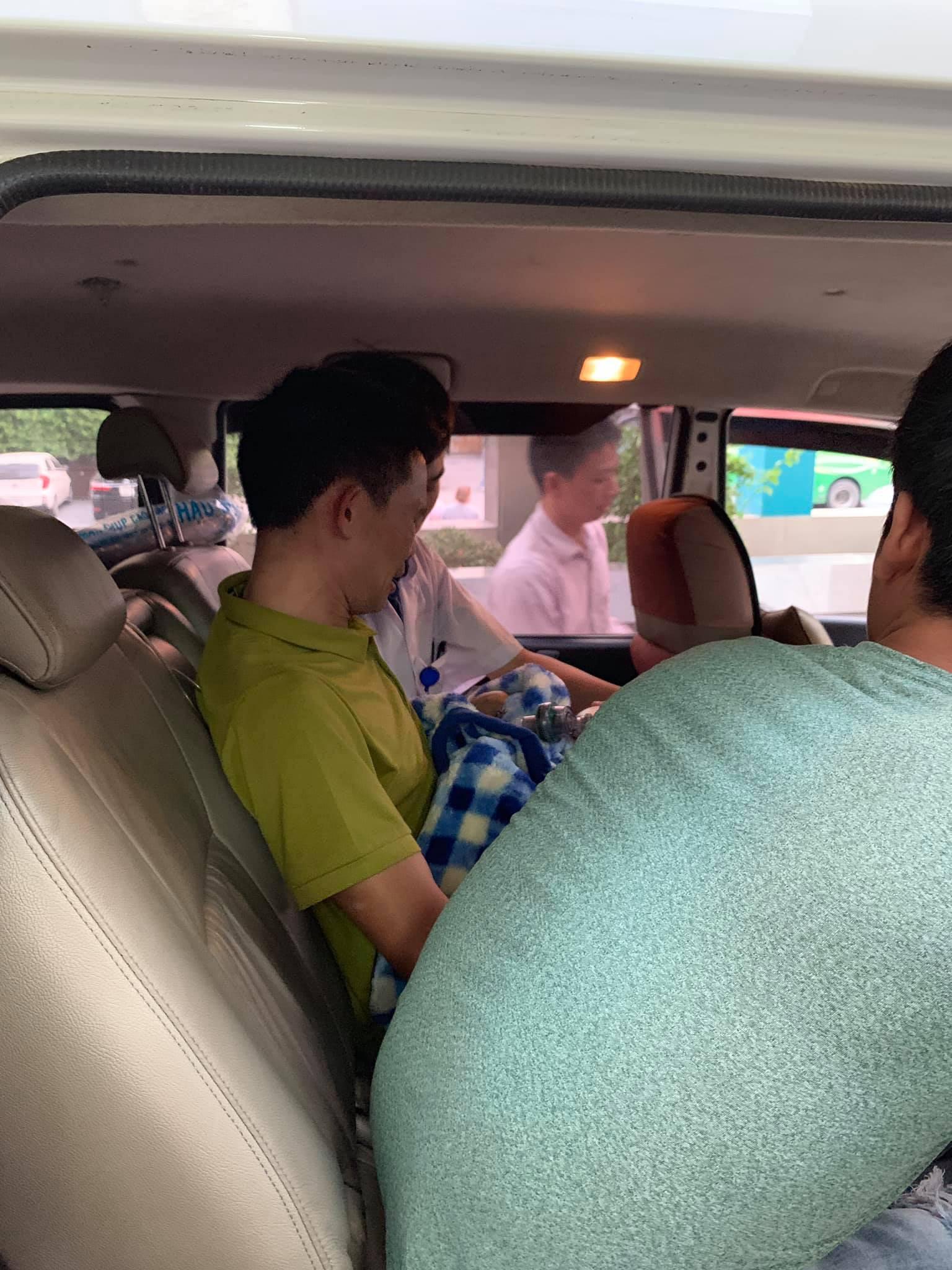 Em của Vì Quyết Chiến qua đời và chuyến xe cuối cùng đưa Lực về quê nhà gặp anh trai - Ảnh 4.