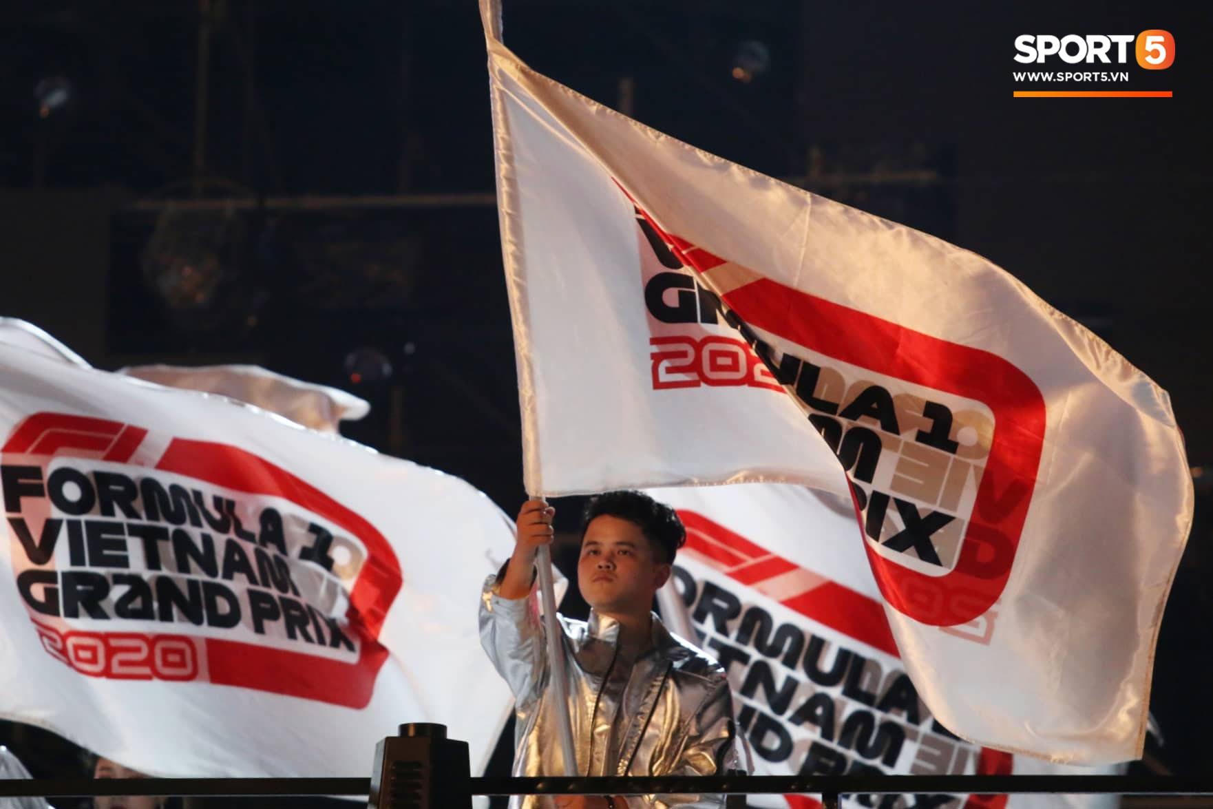 Sự kiện Khởi động F1 Việt Nam Grand Prix: Hoành tráng, mãn nhãn và đầy hứa hẹn - Ảnh 14.