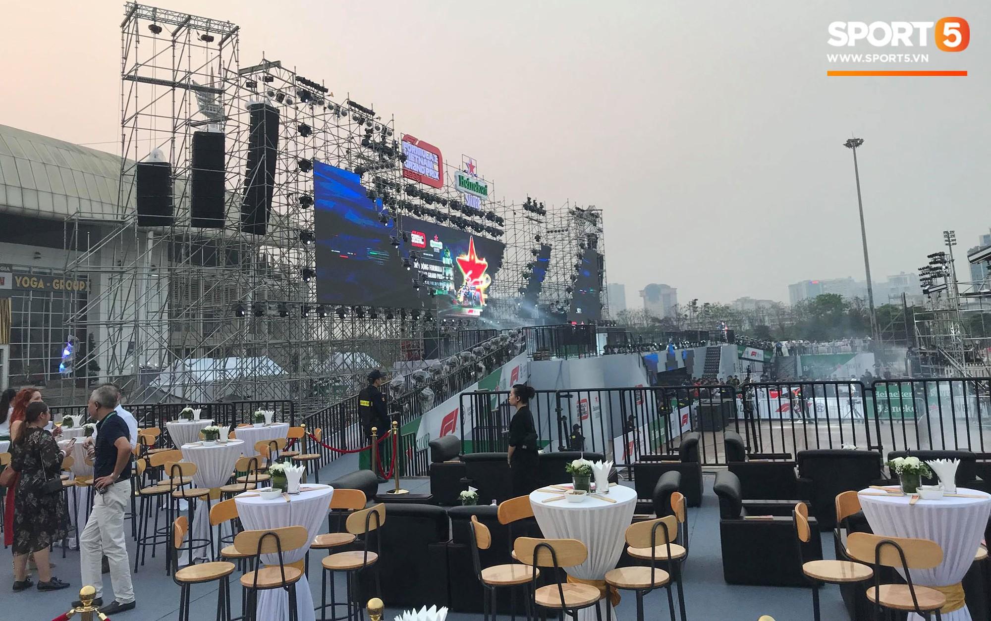Sự kiện Khởi động F1 Việt Nam Grand Prix: Hoành tráng, mãn nhãn và đầy hứa hẹn - Ảnh 22.