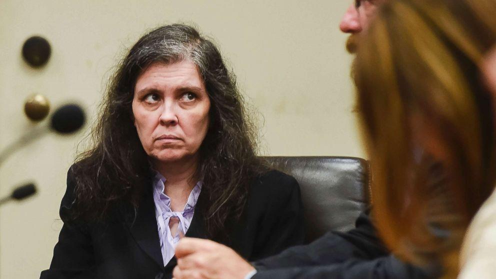 Những tiết lộ lạnh gáy của cô gái 17 tuổi và cuộc sống kinh hoàng như tù nhân cùng 12 anh chị em khác - Ảnh 4.