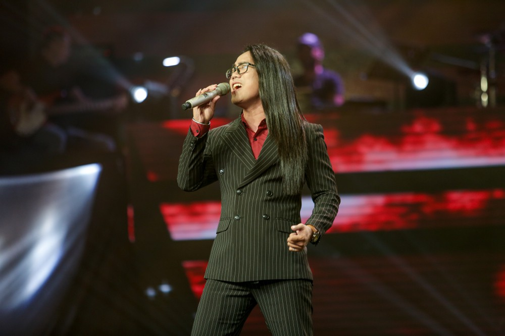 Giọng hát Việt tập 2: Chàng VJ Bo Bắp khiến HLV Tuấn Ngọc lần đầu vùng lên, bấm chặn Tuấn Hưng - Ảnh 13.