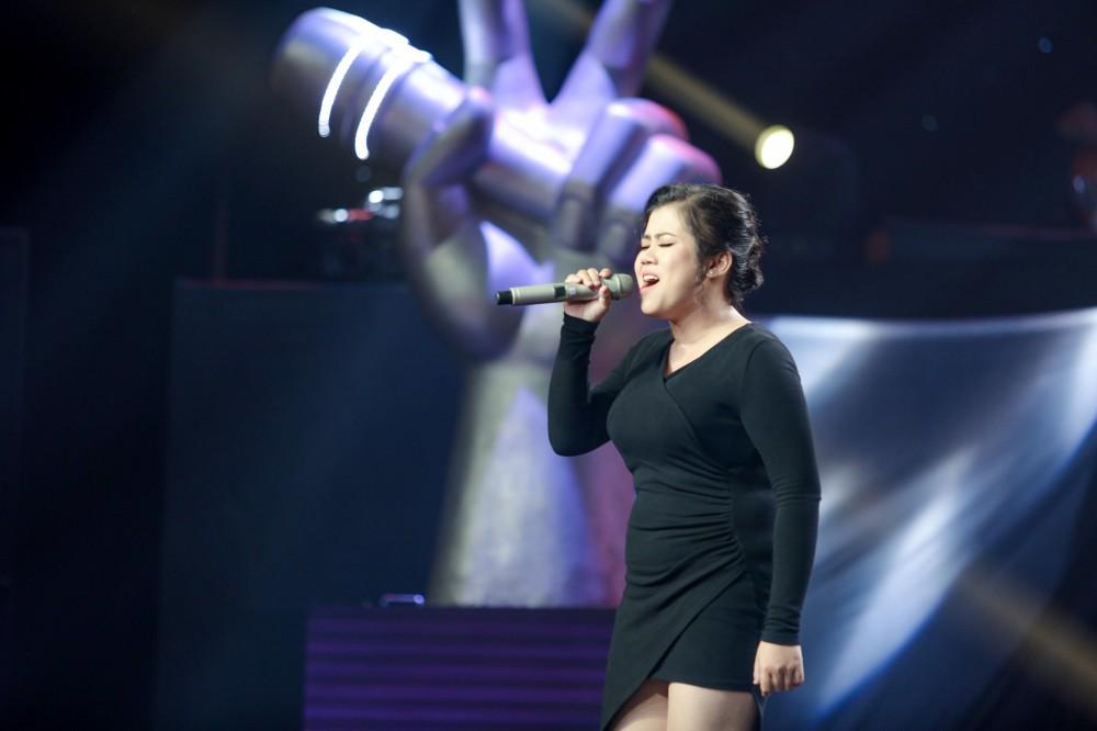 Giọng hát Việt tập 2: Chàng VJ Bo Bắp khiến HLV Tuấn Ngọc lần đầu vùng lên, bấm chặn Tuấn Hưng - Ảnh 8.