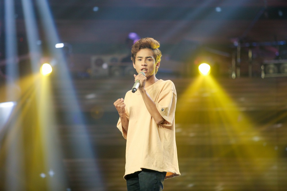 Giọng hát Việt tập 2: Chàng VJ Bo Bắp khiến HLV Tuấn Ngọc lần đầu vùng lên, bấm chặn Tuấn Hưng - Ảnh 14.