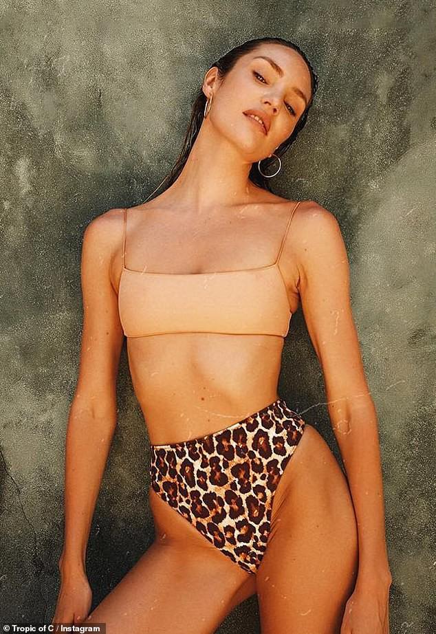 Thiên thần Victorias Secret diện bikini khoe body đốt mắt: Nhìn vòng eo, đường cong này ai ngờ đã là gái 2 con - Ảnh 5.