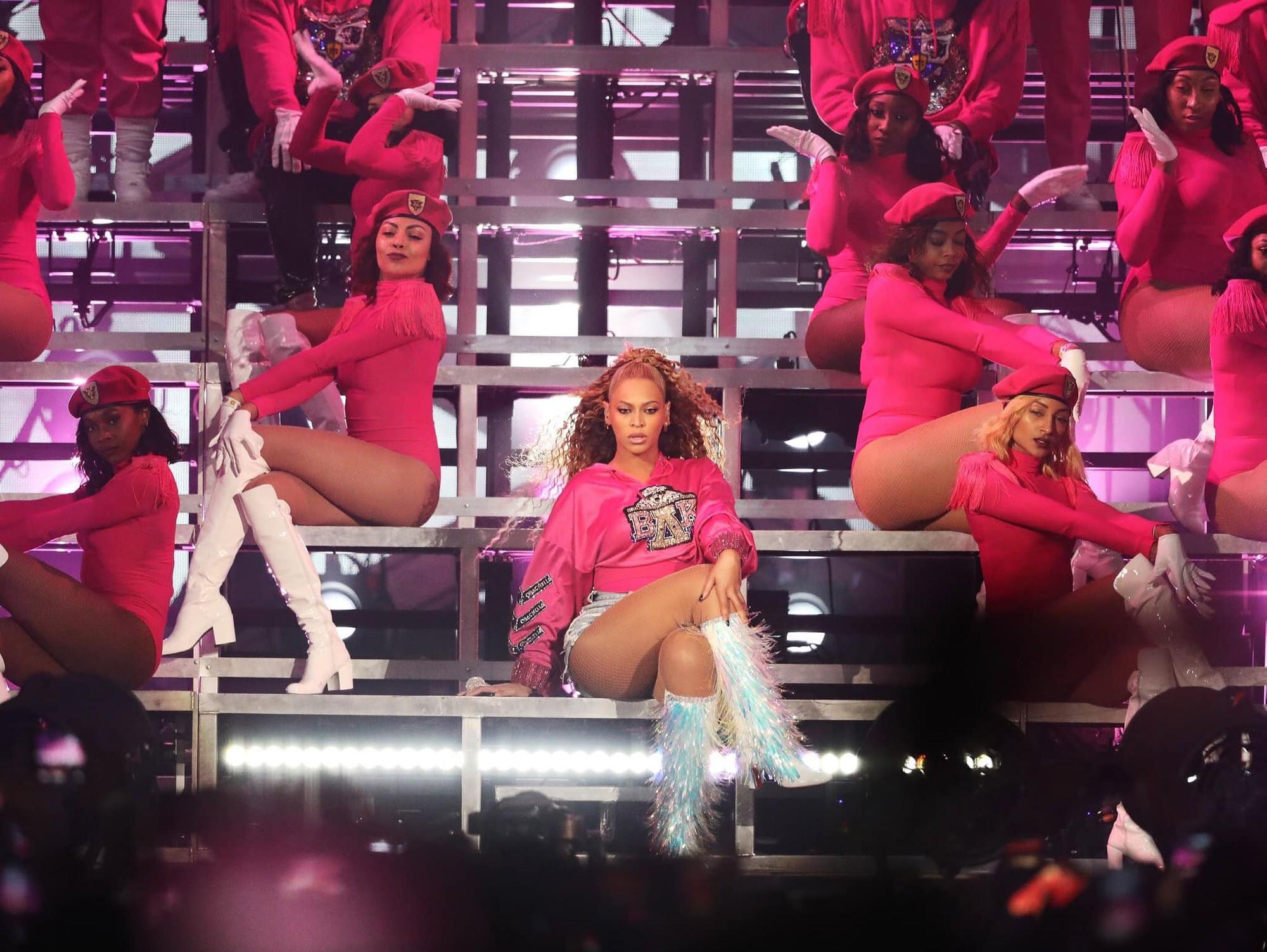 Ariana Grande được trả catse 170 tỷ bằng Beyoncé: Xứng đáng hay không? - Ảnh 6.