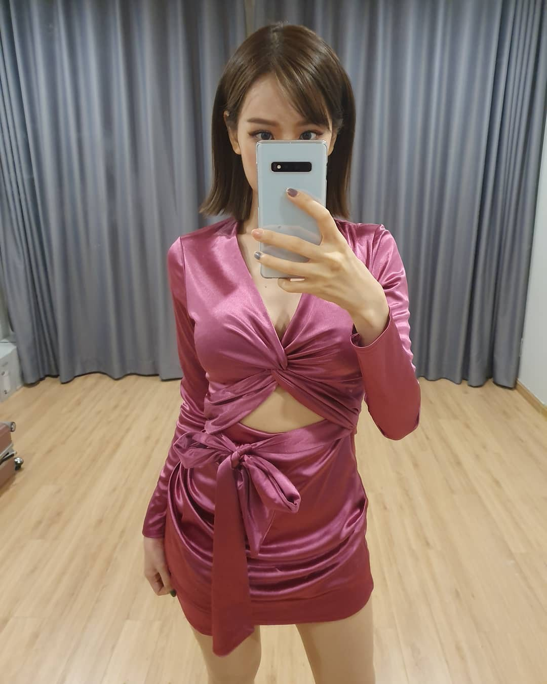 Giữa nghi vấn đạo nhạc, Min lại dính thêm nghi án diện hàng nhái mẫu váy đình đám của nàng tỷ phú Kylie Jenner - Ảnh 1.