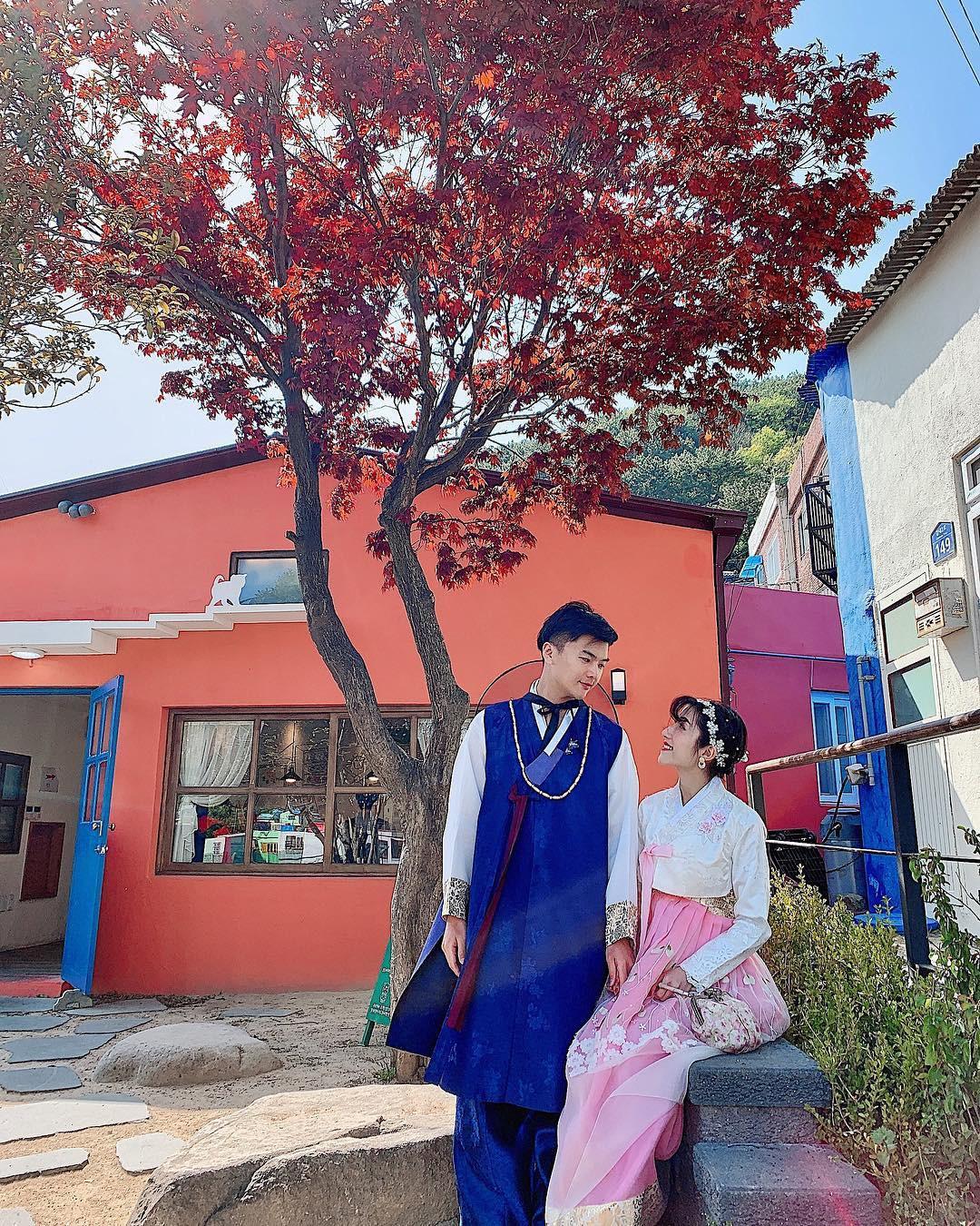 Đi du lịch chớp nhoáng như Hương Giang: Đứng bừa một góc trong làng bích hoạ Hàn Quốc cũng có khối ảnh xinh xẻo - Ảnh 14.
