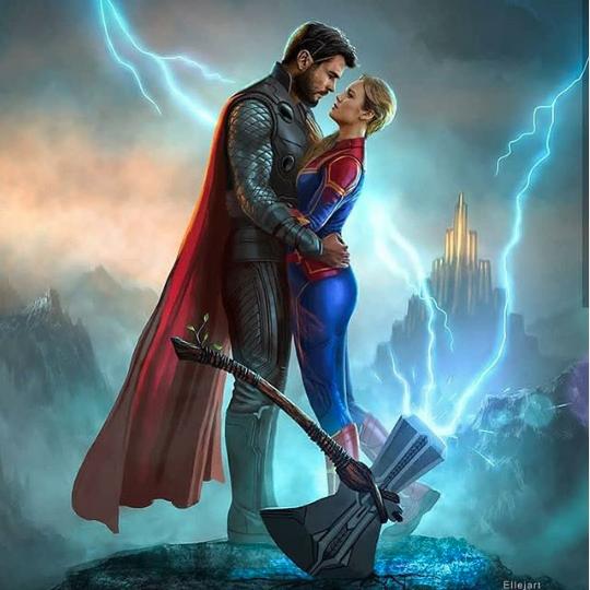 Cười rụng rốn cảnh Spider-Man chụp selfie với Thanos, Iron Man ôm Cap trong vòng tay, Thor và Captain Marvel trao nhau ánh nhìn đắm đuối! - Ảnh 2.