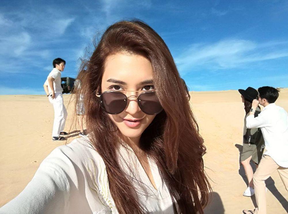 Dàn mỹ nhân, tiểu thư tài phiệt showbiz Thái du lịch Việt Nam: Biến TP.HCM, Đà Nẵng và các địa điểm đẹp như phim - Ảnh 25.