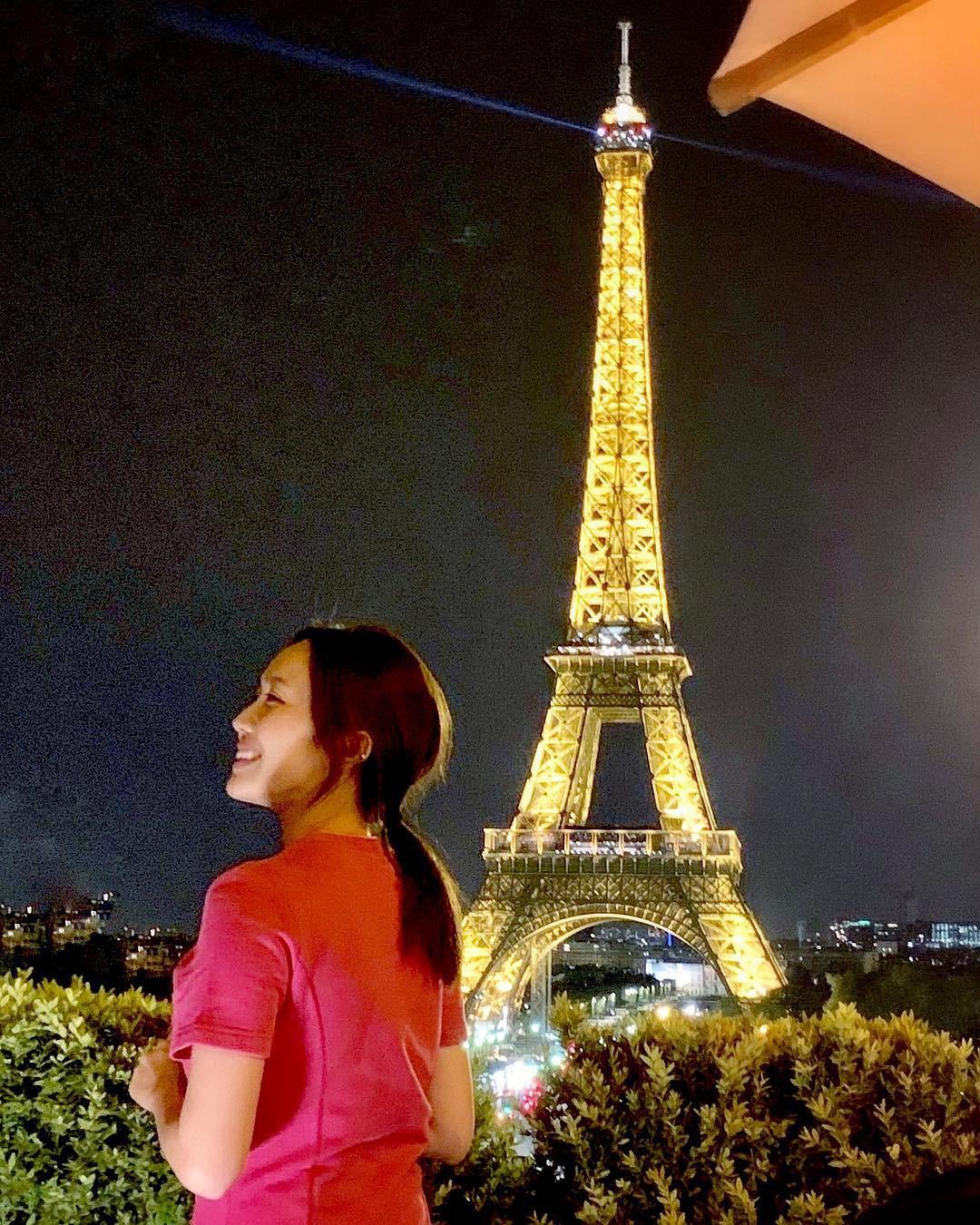 Vừa đăng ảnh check-in tại tháp Eiffel, người hâm mộ đã vội nhắc Diệu Nhi vì cô có thể mắc phải luật nghiêm trọng này - Ảnh 4.