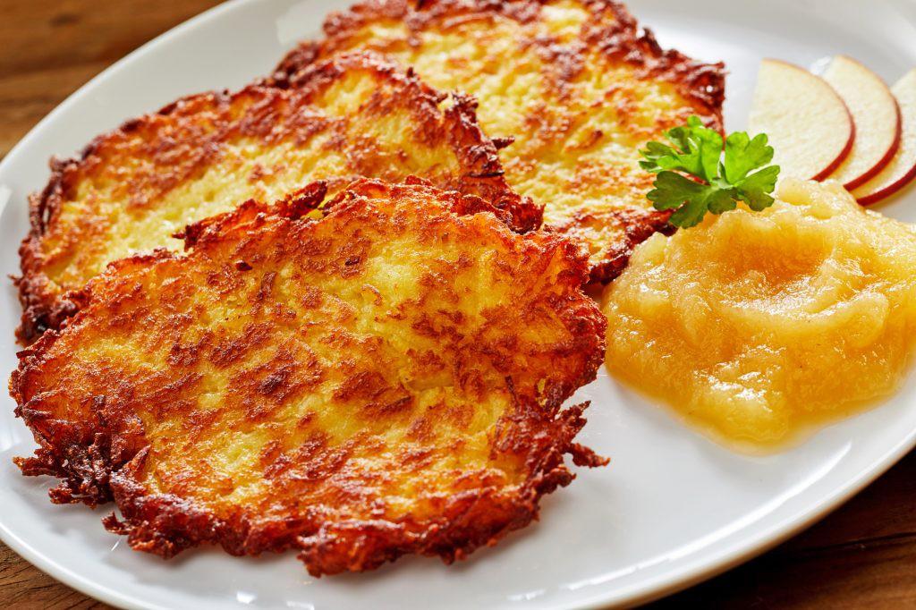 Khám phá mối quan hệ sâu nặng của ẩm thực Đức với... những củ khoai tây - Ảnh 1.