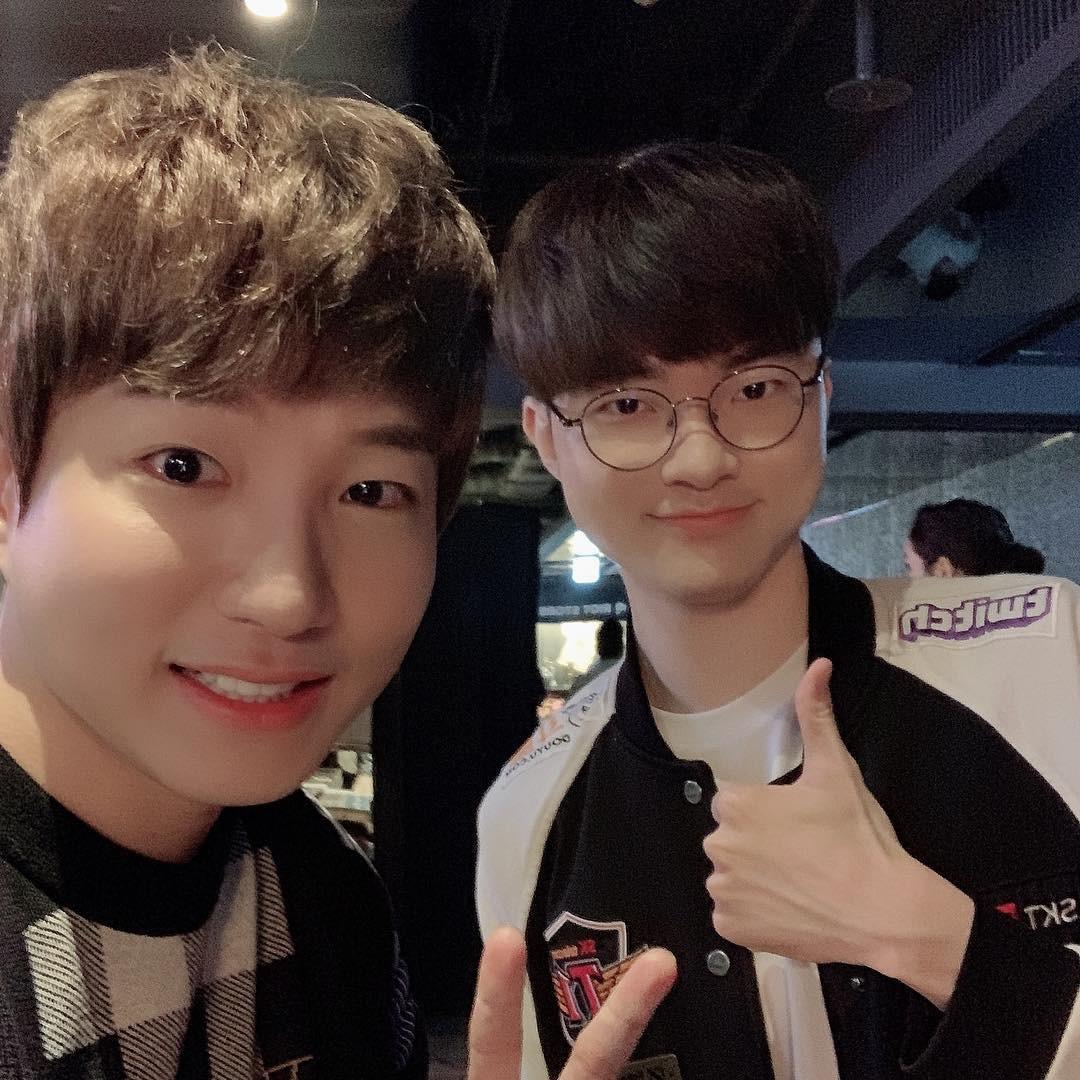 Cạn lời với cách ăn mặc của game thủ Hàn Quốc trong buổi tiệc có sự xuất hiện của hai mỹ nhân (G)I-DLE - Ảnh 7.