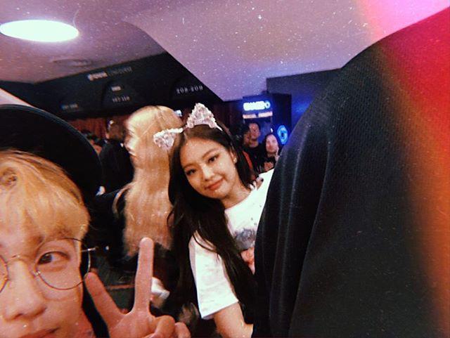 Chơi vậy đố ai chơi lại: Rich kid Việt theo chân Black Pink khắp đất Mỹ, selfie với từng thành viên như hội bạn thân - Ảnh 3.