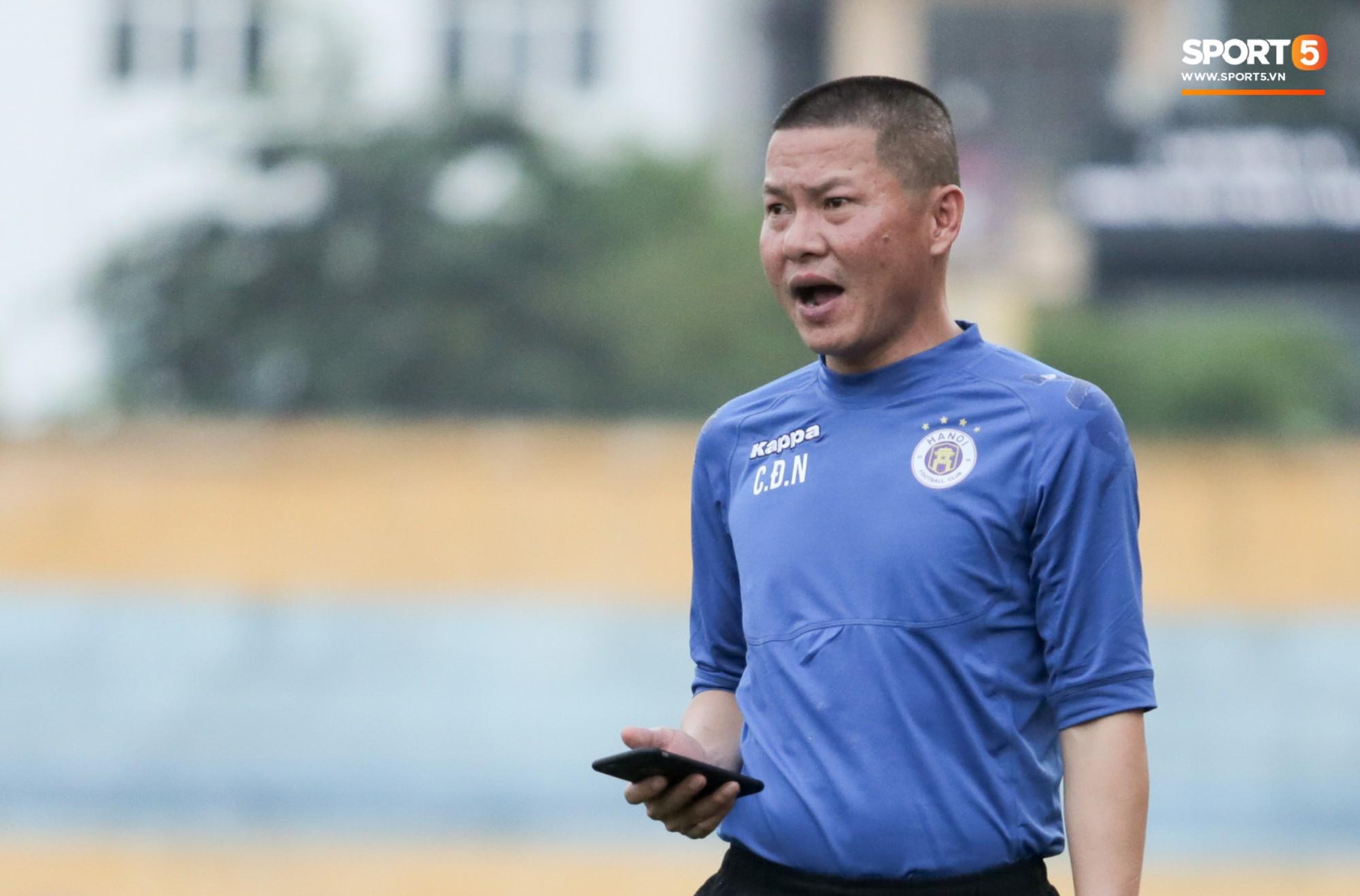 """Hà Nội Fc: HLV Hà Nội FC: """"Án Phạt Của VFF Là Bất Công Với Fan Văn Minh"""""""