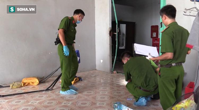 Toàn cảnh khám nghiệm hiện trường vụ 3 người trong gia đình bị giết hại: Công an thu thập dấu vết dưới nền nhà - Ảnh 3.