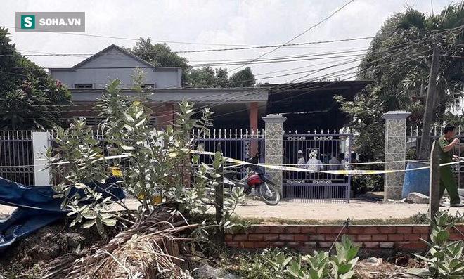 Toàn cảnh khám nghiệm hiện trường vụ 3 người trong gia đình bị giết hại: Công an thu thập dấu vết dưới nền nhà - Ảnh 7.