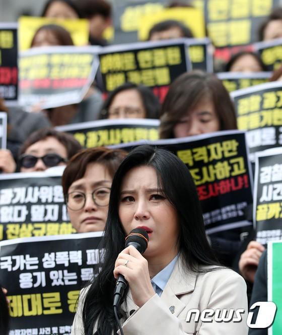 Choáng vì danh sách 80 sao Hàn dính bê bối như đại hội bóc phốt đầu năm 2019: Chuyện gì đang xảy ra với Kbiz vậy? - Ảnh 35.