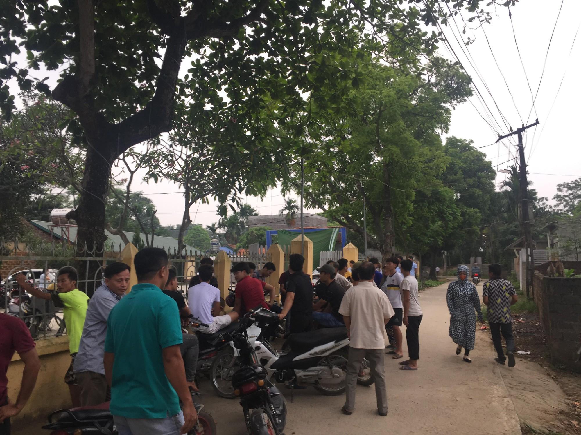 Vụ bác rể sát hại cháu trai 8 tuổi ở Hà Nội: Thi thể bị buộc chặt trong bao tải, chôn sâu trong đống gạch đá - Ảnh 1.