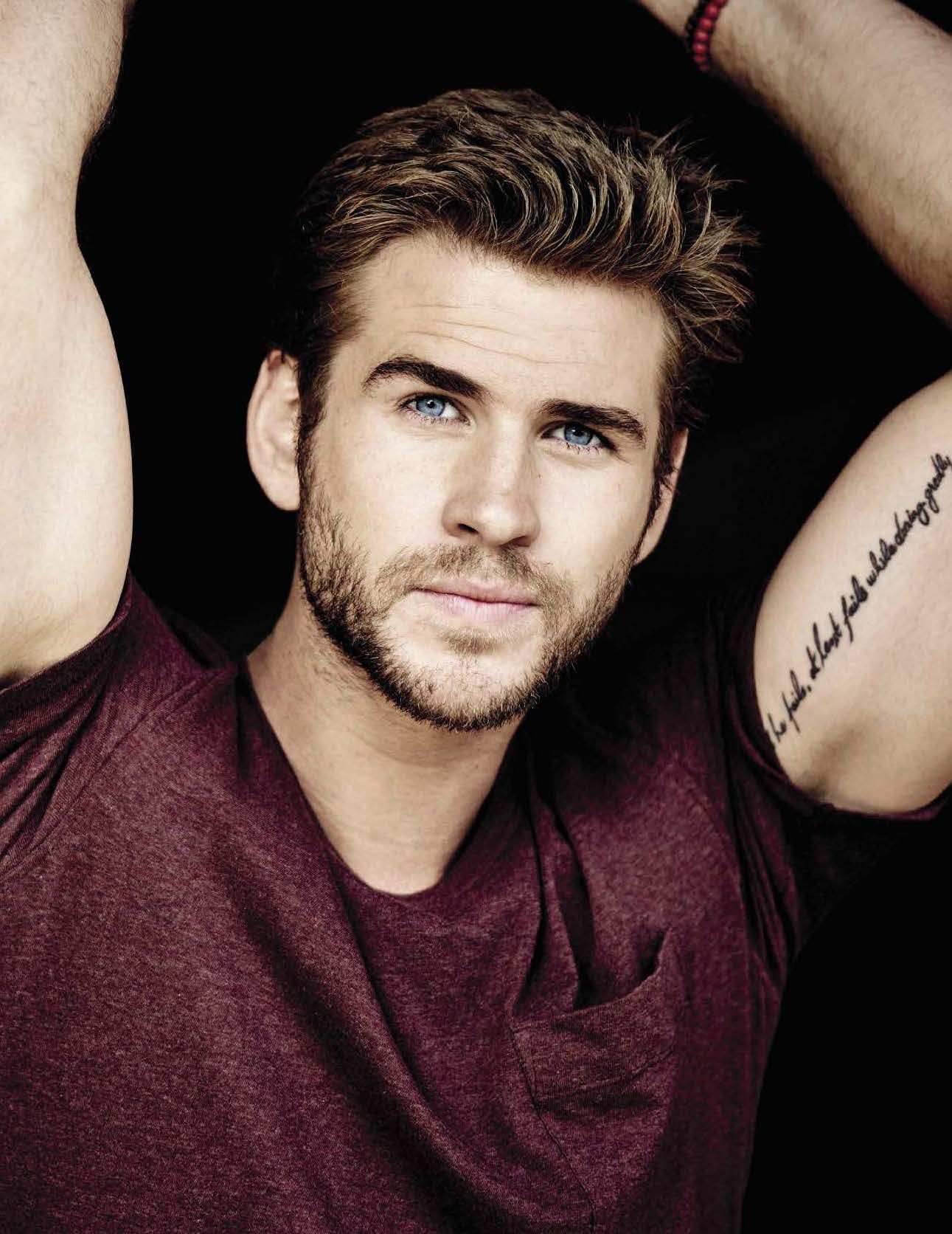 Liam Hemsworth - Liam Hemsworth: Beautiful as a god, he married her 7 years older, she got married too - Photo 13.