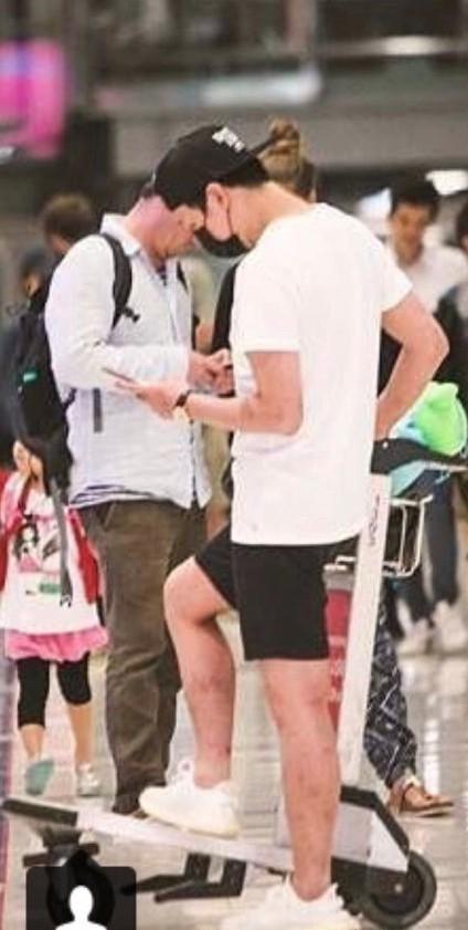 Giữa scandal ma tuý đá, đôi chân lở loét, chi chít mụn phồng rộp của Yoochun trở thành tiêu điểm nóng trên Weibo - Ảnh 2.