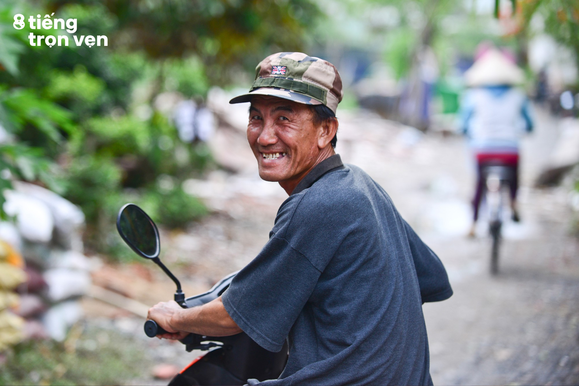 8 tiếng trọn vẹn - Bộ ảnh đầy cảm xúc về cuộc sống mưu sinh hối hả của những công nhân Sài Gòn sau giờ tan ca - Ảnh 18.