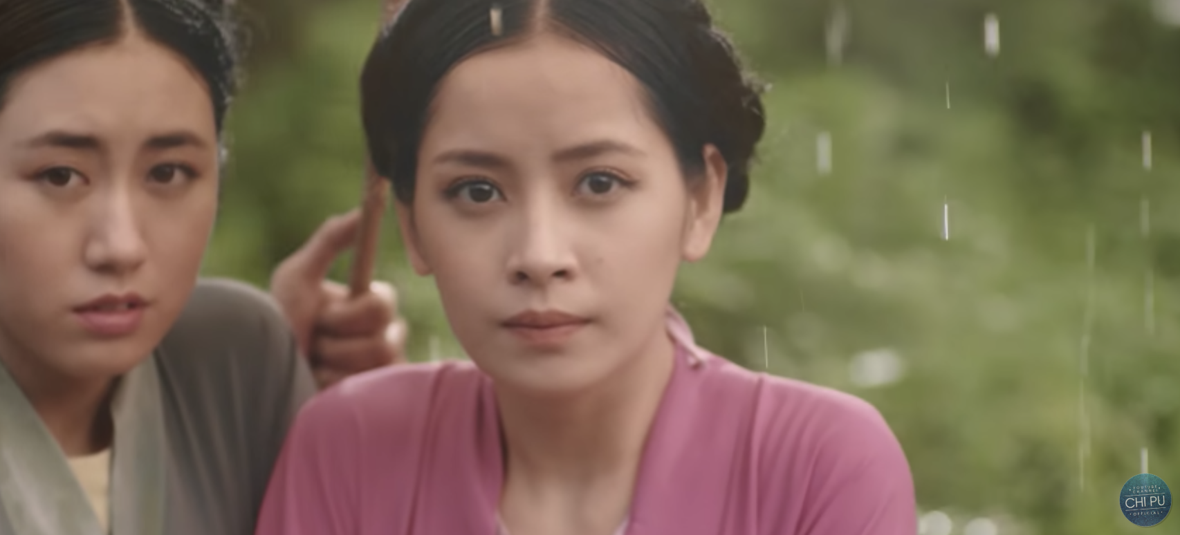 Cú lừa cực mạnh từ MV Tấm Cám của Chi Pu: Cận vệ là tiểu tam giật dây hoàng thượng? - Ảnh 2.