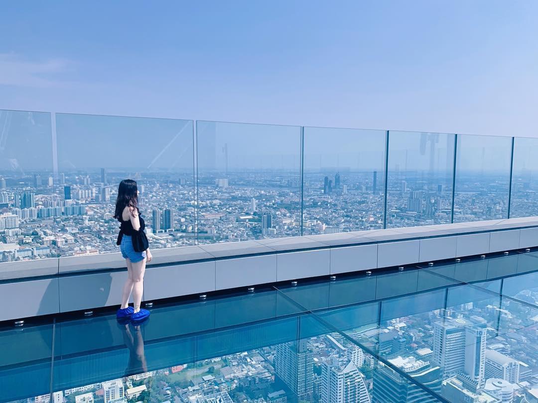 Dân tình hốt hoảng với sàn kính cao ở độ cao trên 300m ngắm trọn cảnh thủ đô Bangkok - Ảnh 14.