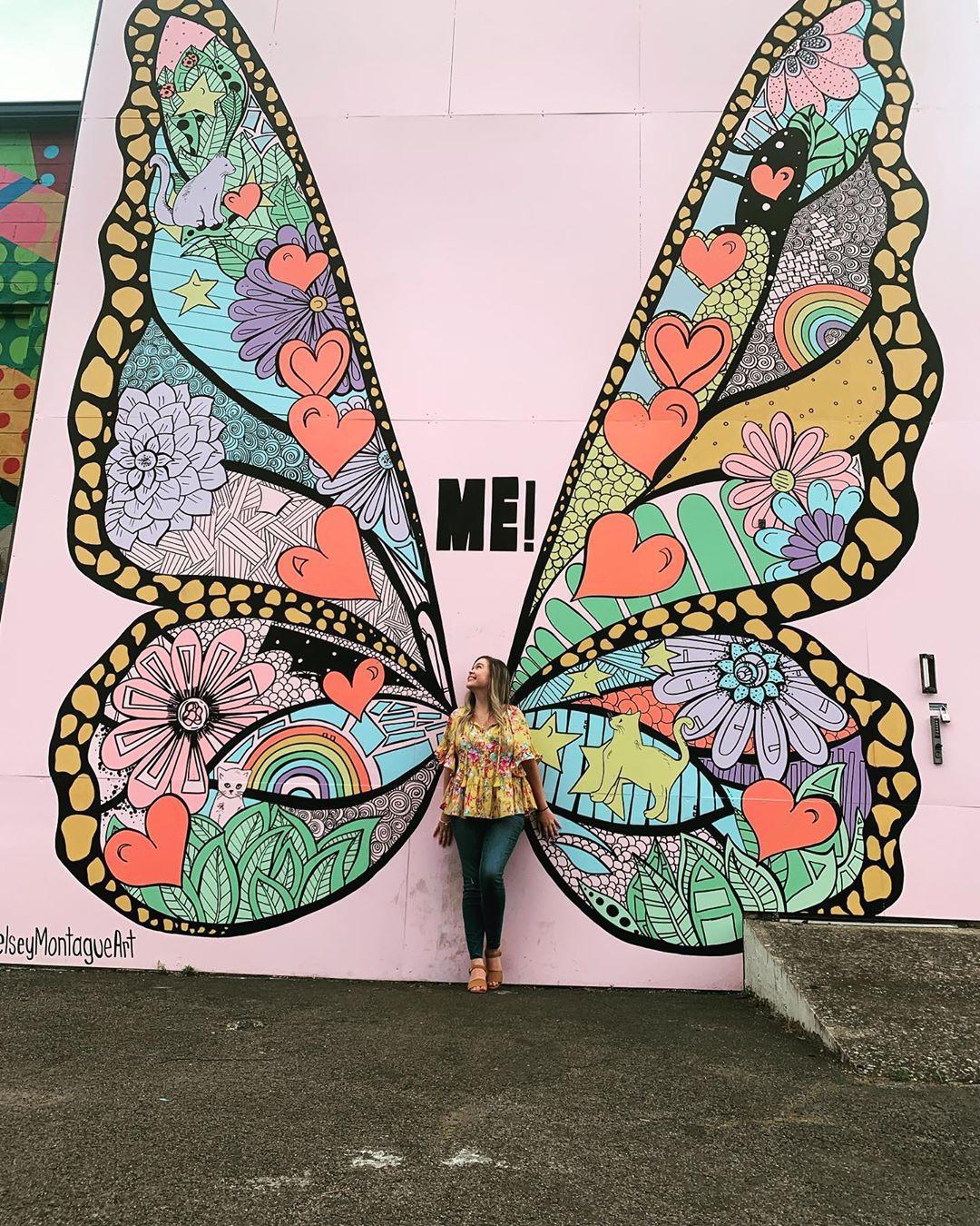 Không chỉ ra MV mới, Taylor Swift còn tặng fan hẳn một bức tường hoạ bướm khổng lồ cực đẹp để tha hồ check-in - Ảnh 15.