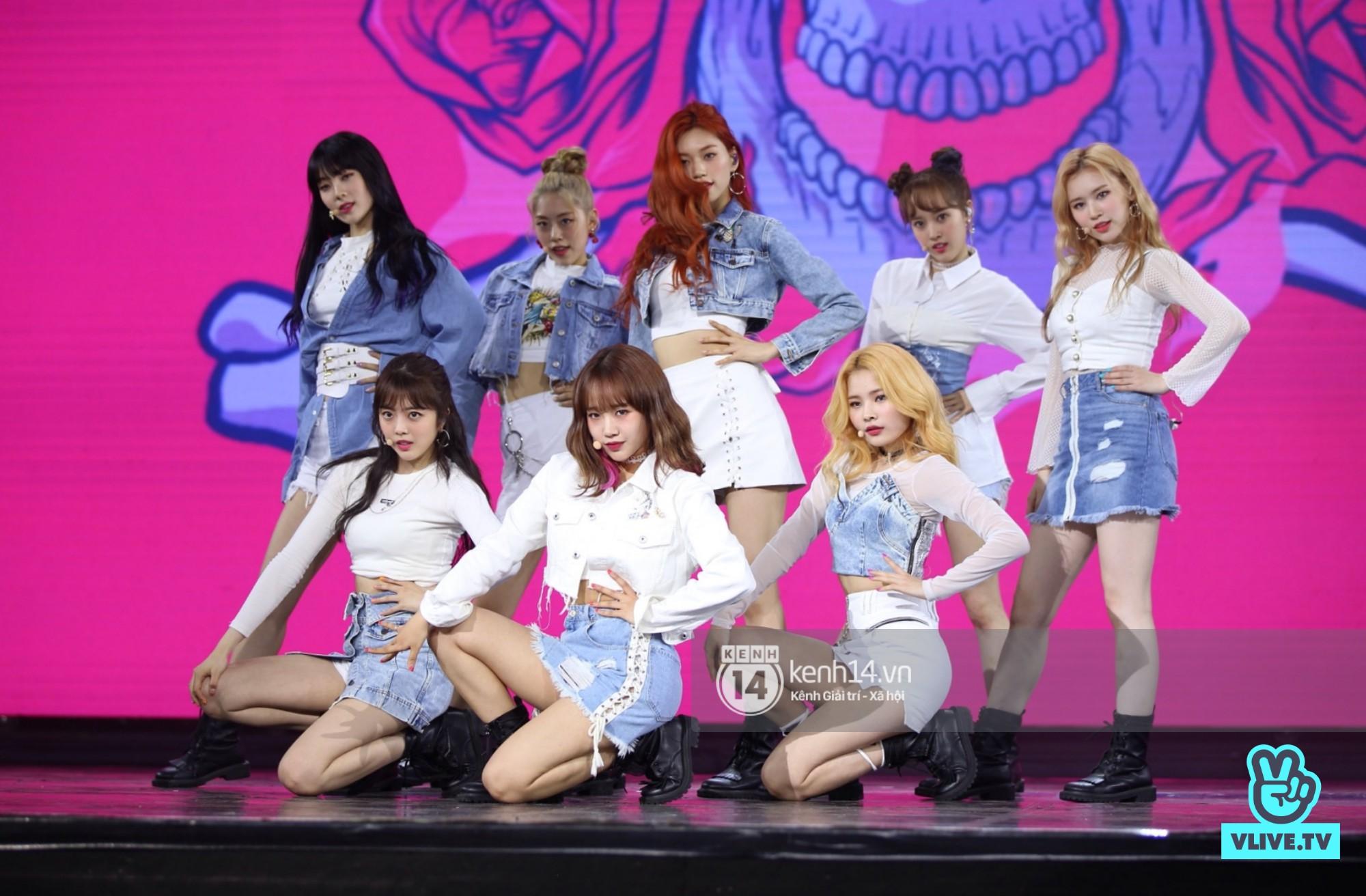 Red Velvet và Weki Meki sexy khó cưỡng, Jeong Sewoon như lãng tử bên dàn sao Vpop tại show âm nhạc Hàn - Việt - Ảnh 7.