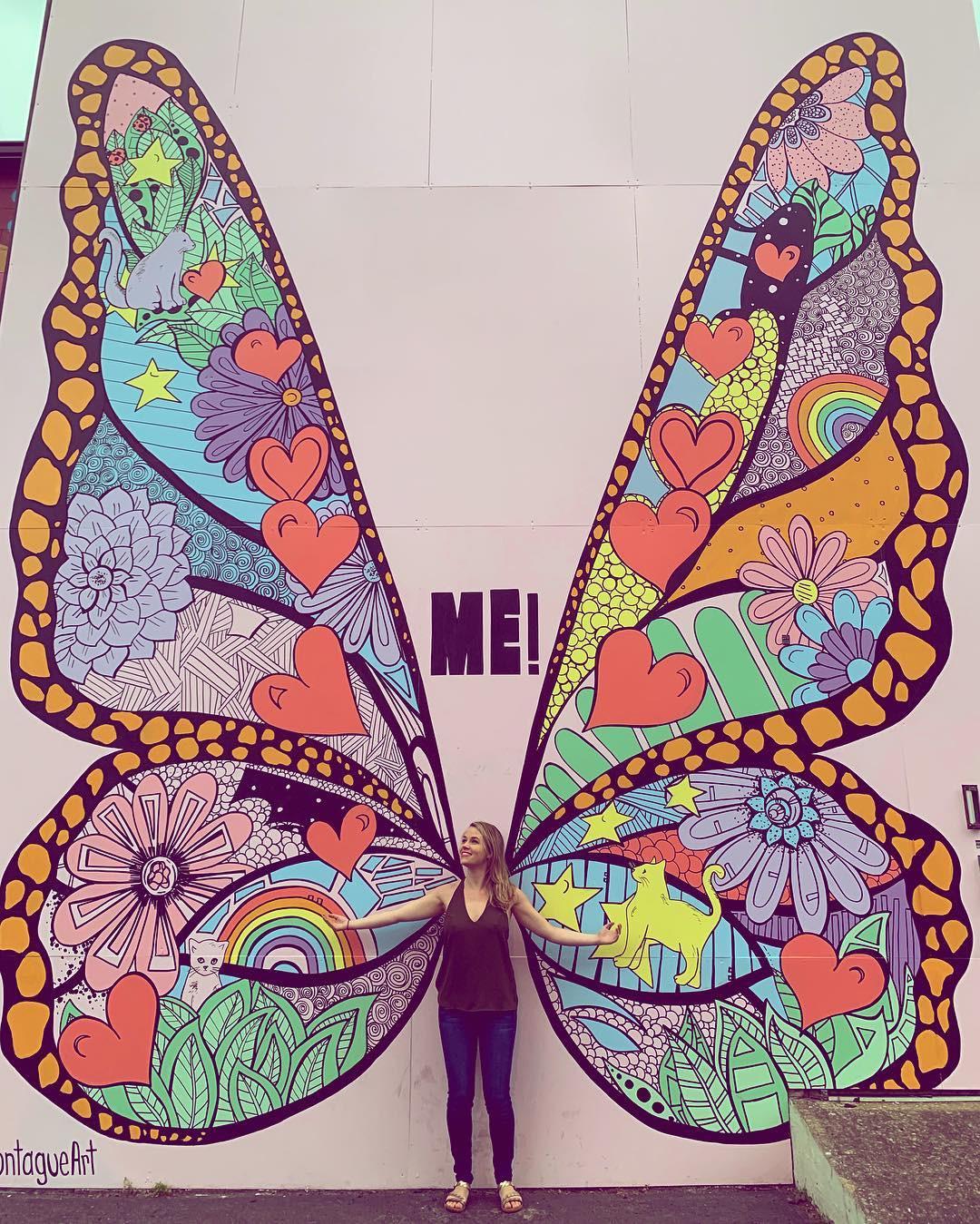 Không chỉ ra MV mới, Taylor Swift còn tặng fan hẳn một bức tường hoạ bướm khổng lồ cực đẹp để tha hồ check-in - Ảnh 11.