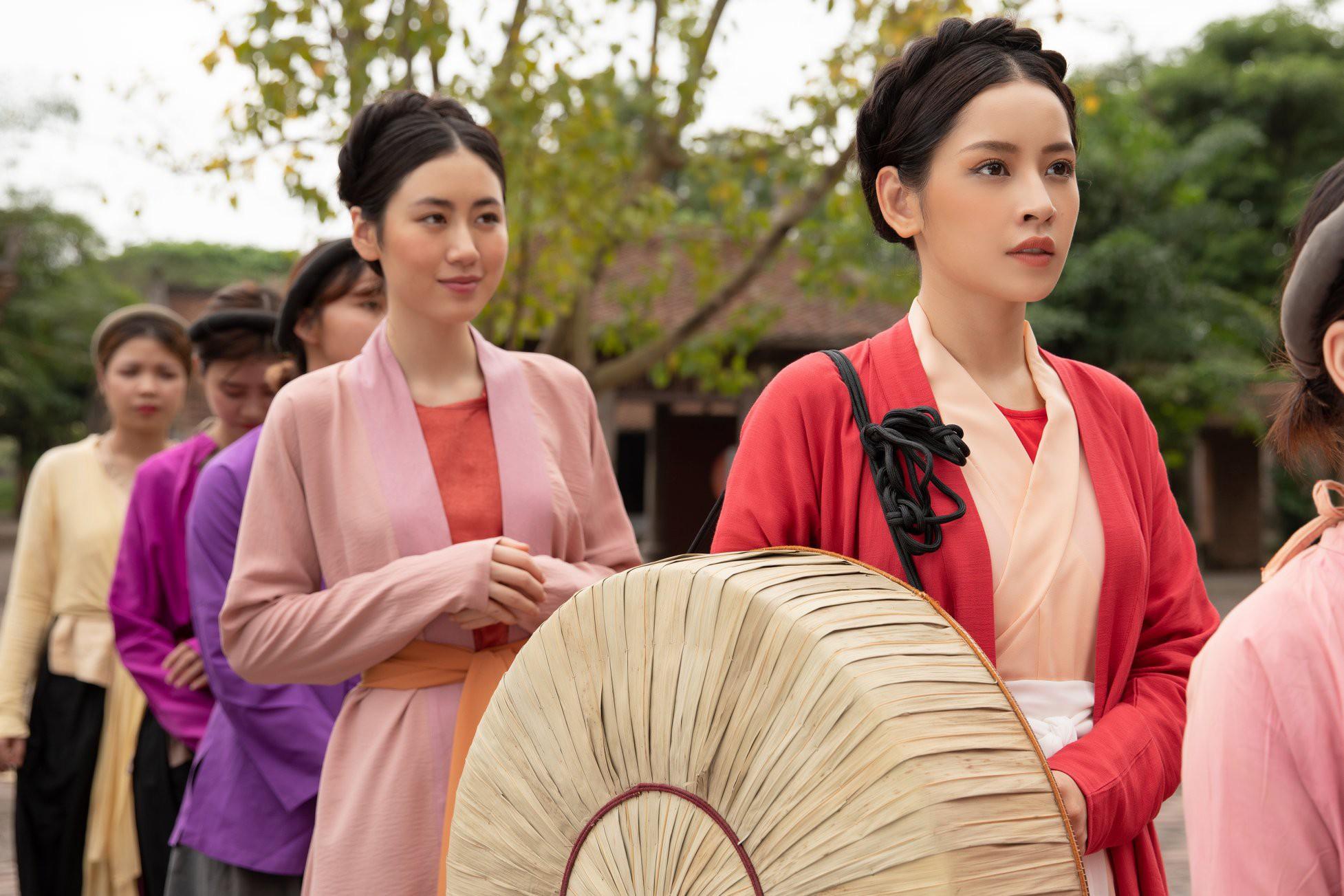 Khi Chi Pu - cô gái vàng của làng chiêu trò mạo hiểm rũ sạch thị phi để hát ballad - Ảnh 4.