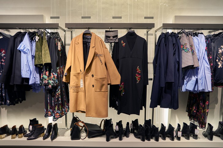 7 chiêu thức Zara đã áp dụng để dân tình phải điên đảo vì quần áo của họ - Ảnh 2.