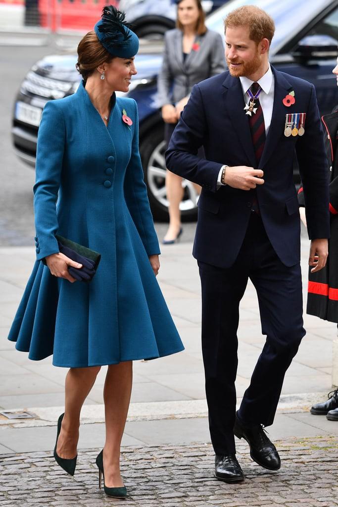 Ngoài khoảnh khắc sánh bước đắt giá bên em chồng, Công nương Kate còn gây ấn tượng với cách mix đồ cực thú vị - Ảnh 2.