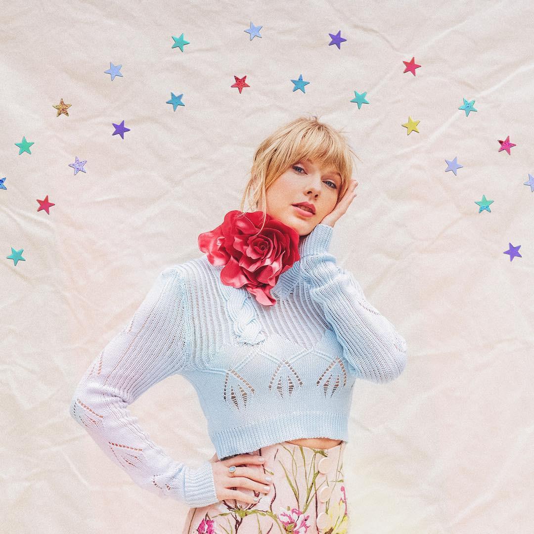 Không chỉ ra MV mới, Taylor Swift còn tặng fan hẳn một bức tường hoạ bướm khổng lồ cực đẹp để tha hồ check-in - Ảnh 10.