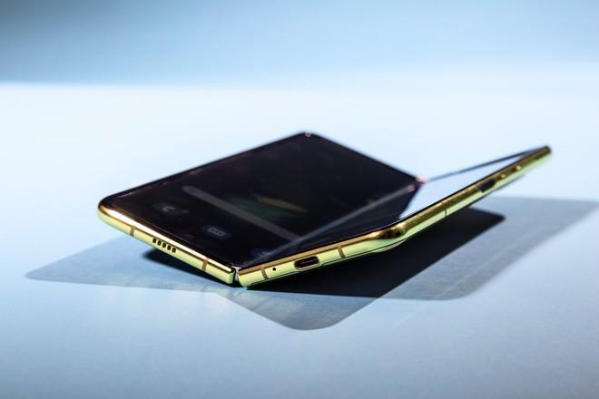 5 điểm cộng và 5 điểm trừ của Samsung Galaxy Fold - Ảnh 1.