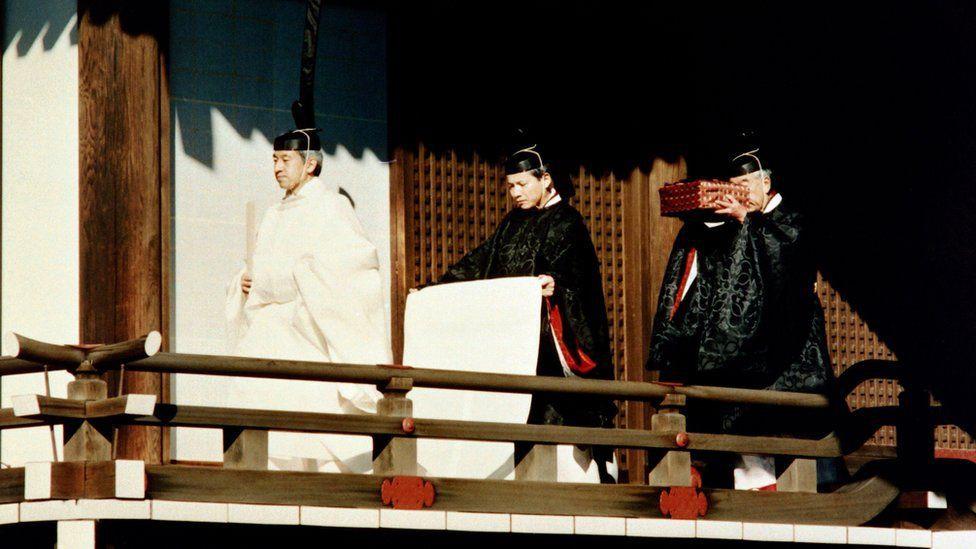 Kho báu bí ẩn của Hoàng gia Nhật Bản: Thứ được chờ đợi nhất trong thời khắc chuyển giao lịch sử - Ảnh 1.