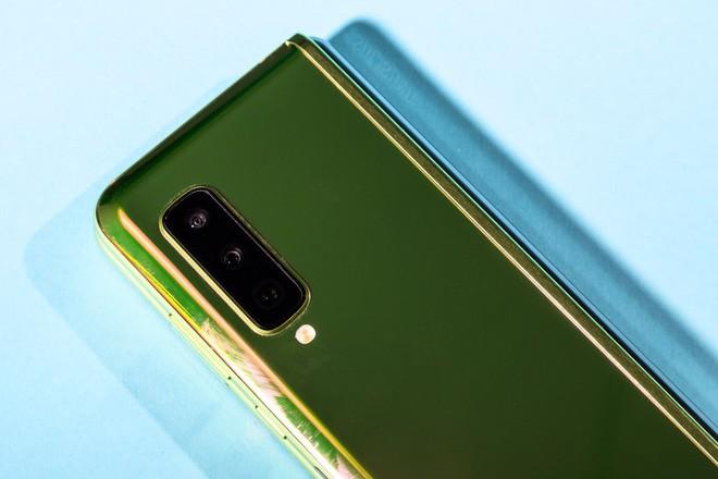 5 điểm cộng và 5 điểm trừ của Samsung Galaxy Fold - Ảnh 8.
