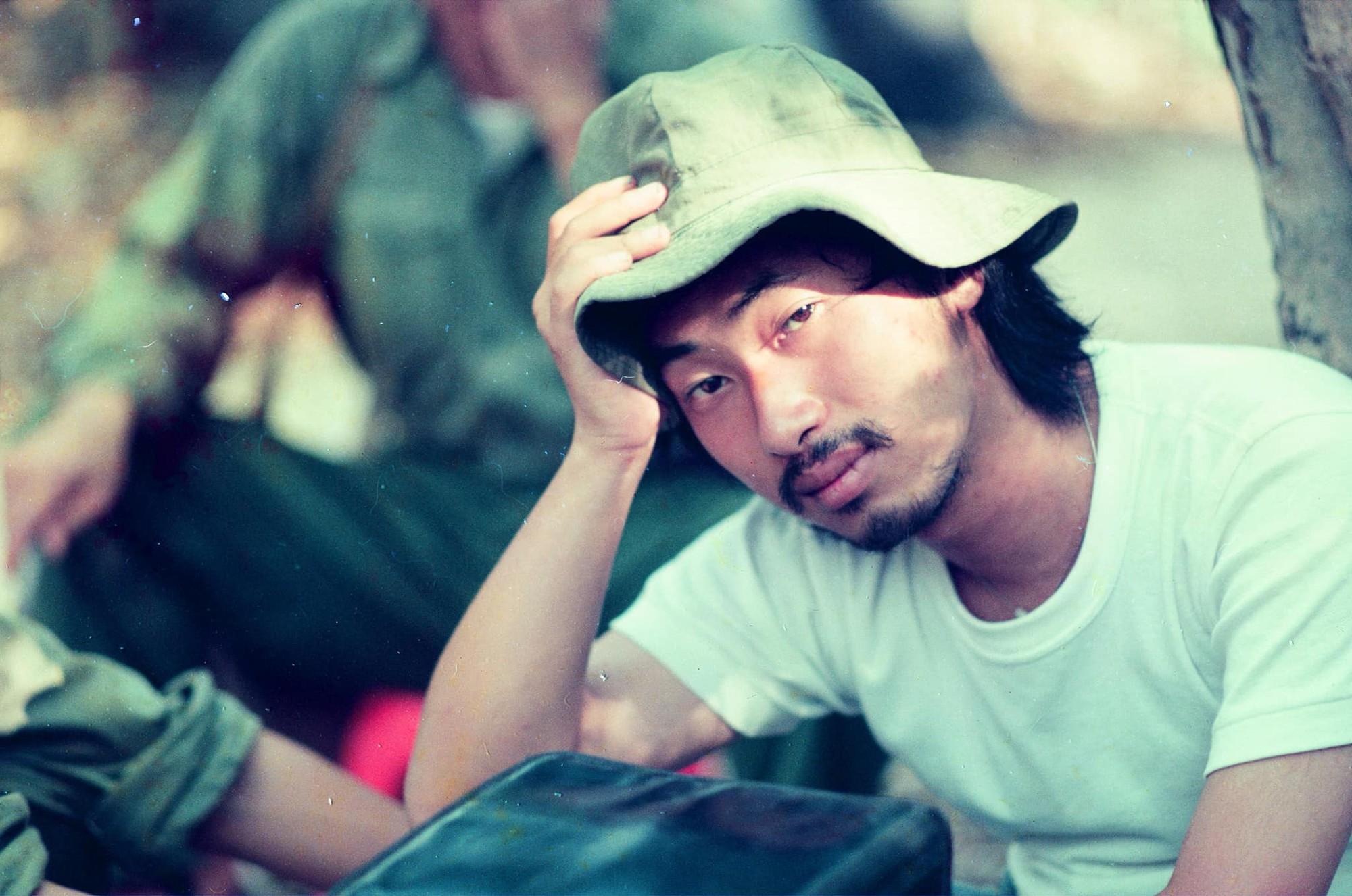 Tin được không, 20 năm trước bác sĩ Hải của Hậu Duệ Mặt Trời bản Việt đẹp trai như một soái ca ngôn tình - Ảnh 15.