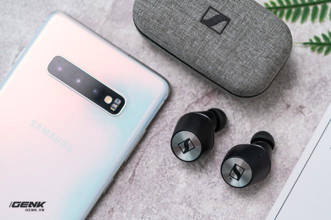 Đánh giá Sennheiser Momentum True Wireless - Cặp tai nghe Inear không dây đắt nhất thị trường, có xắt ra miếng? - Ảnh 1.